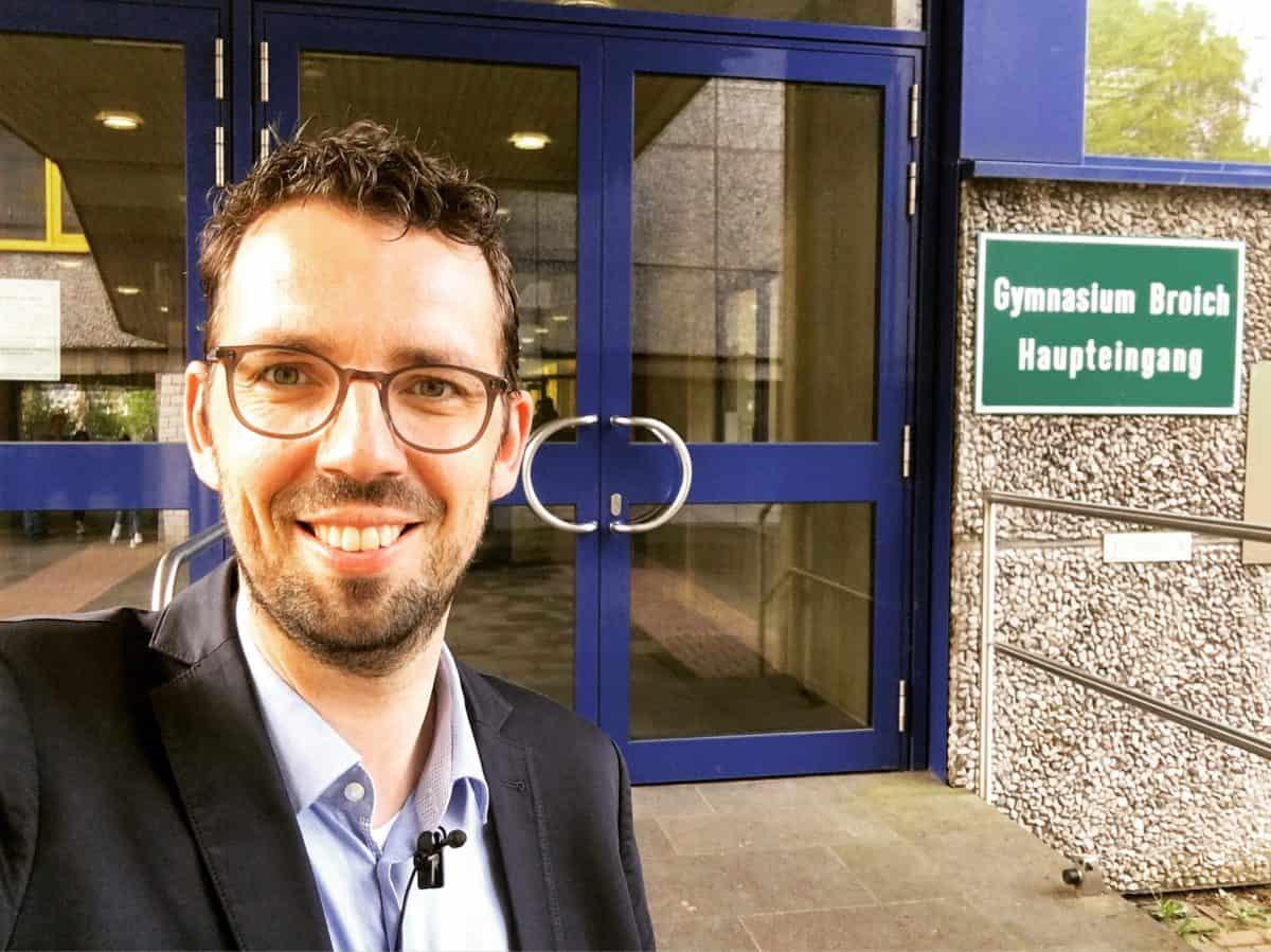 Dirk von Gehlen in Nordrhein-Westfalen: Keine Panik vor Fake News